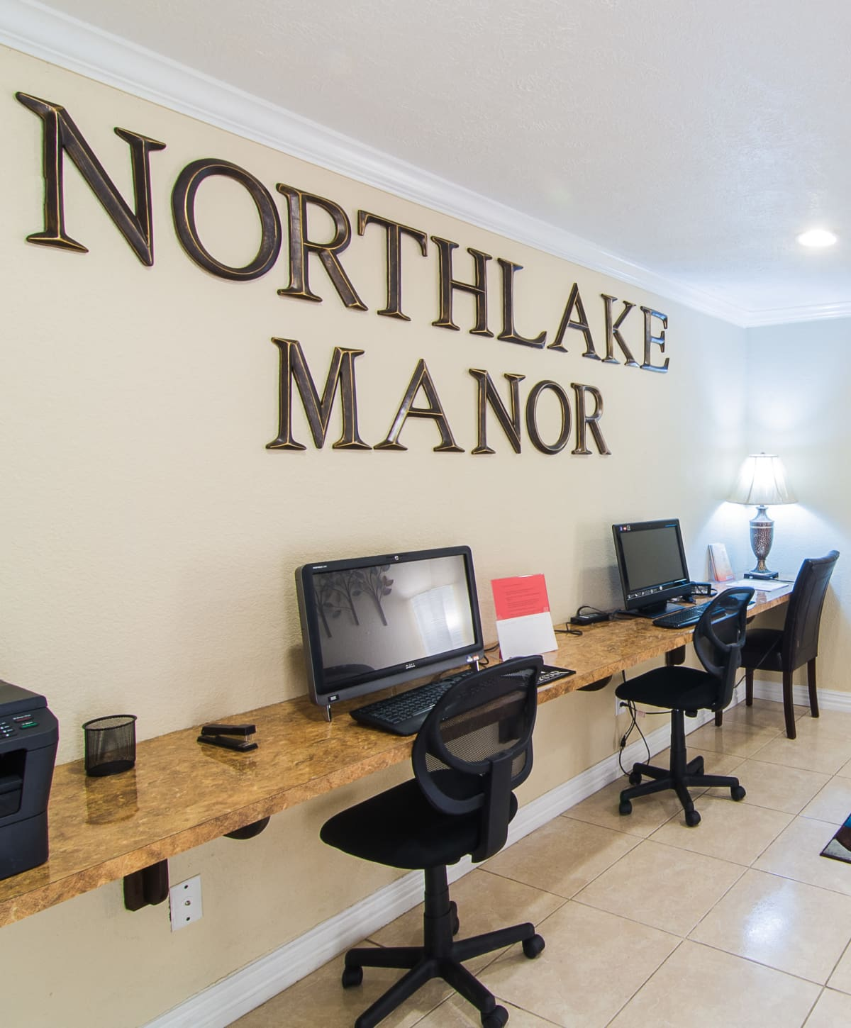 Northlake Manor Apartments in Humble, TX