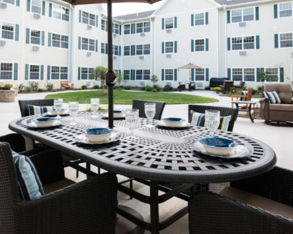 Courtyard at The Hearth at Juday Creek in Granger, Indiana