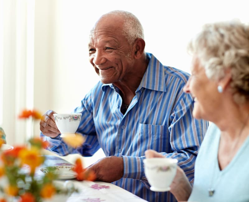 A resident enjoying breakfast with his friends at Aurora on France in Edina, Minnesota.