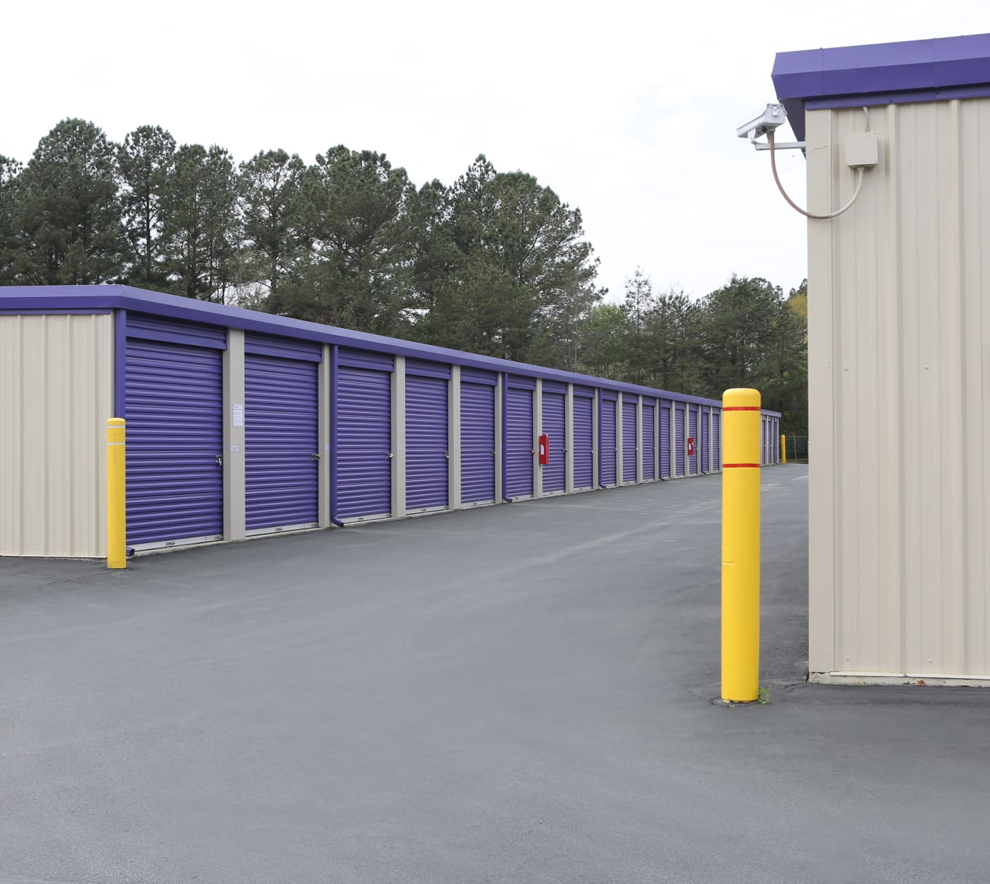Drive-up units at StoreSmart Self-Storage in Riverdale, Georgia