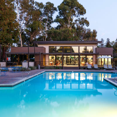 Beautiful swimming pool with a green backdrop at Sofi Waterford Park in San Jose, California