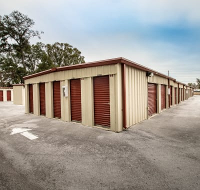 Self storage units for rent at Neighborhood Storage in Belleview, FL