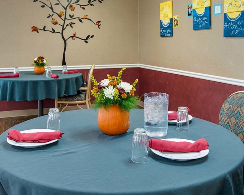 Well decorated dining area table at Wheatland Nursing Center in Russell, Kansas