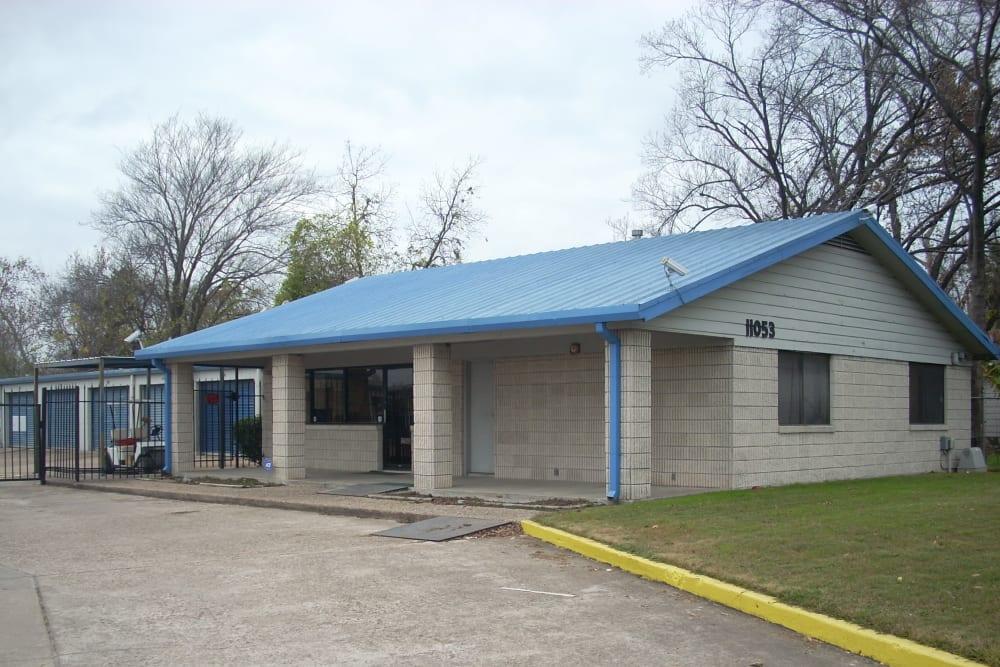 Front office of AAA Alliance Self Storage in Houston, Texas