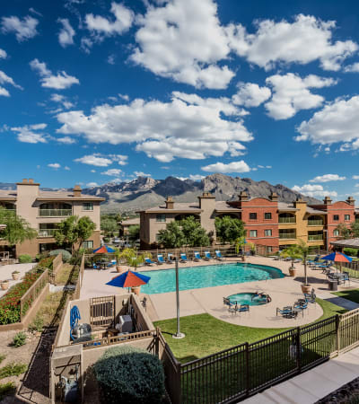 View the Amenities at Oro Vista Apartments in Oro Valley, Arizona