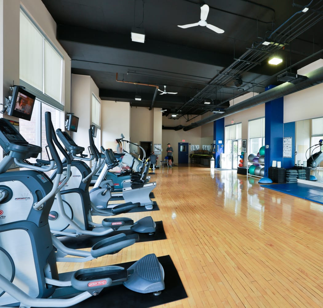 Fitness area at Metropolitan Towers in Vancouver