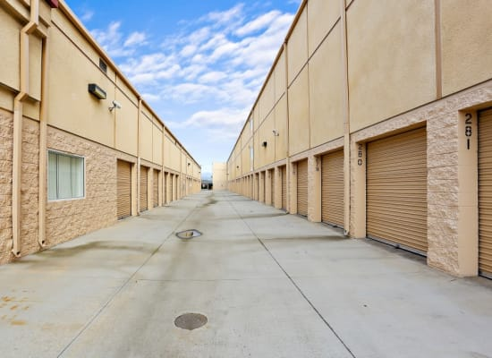 Convenient drive-up storage units in Lakeside, California