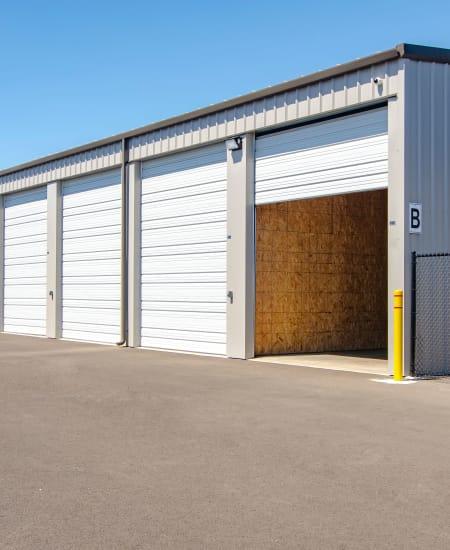 Exterior shot of Oregon RV & Storage our units