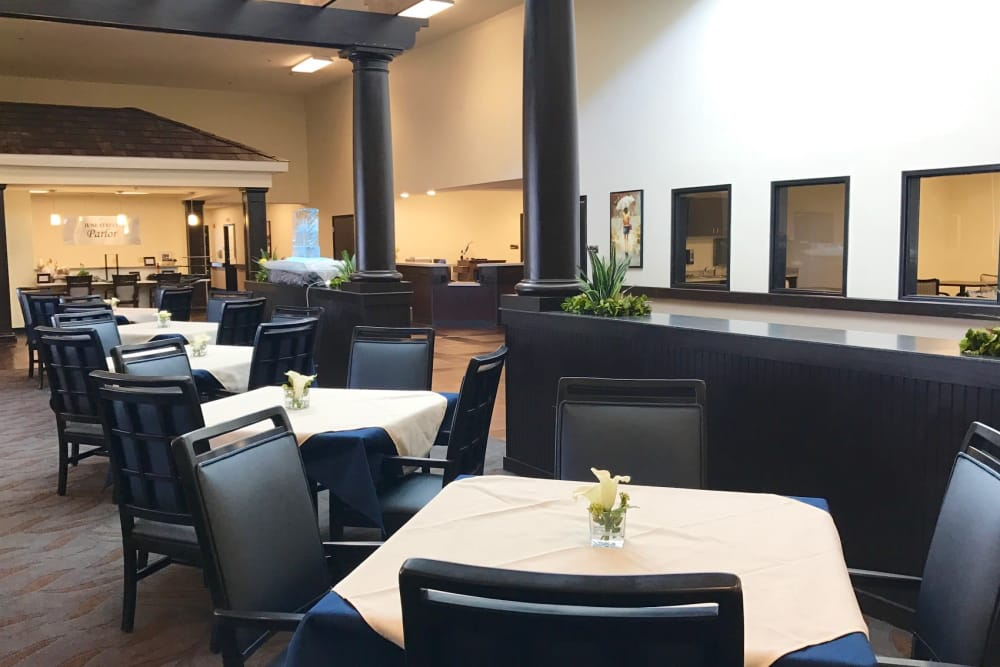 Dining room at Valley View Health Campus in Fremont, Ohio