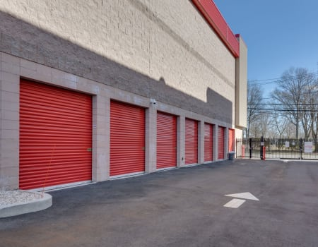 Drive-up units at our Woodland self storage facility