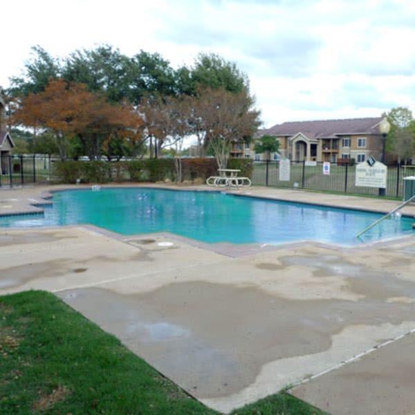 Pool at Country Club Creek