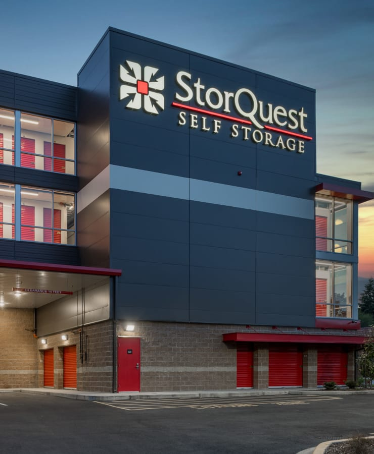 Exterior of StorQuest Self Storage in Federal Way, Washington at dusk