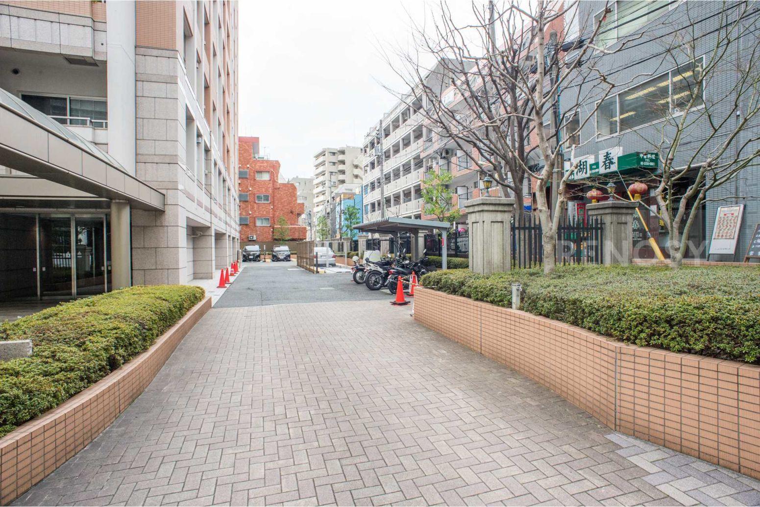 ファミール新宿グランスィートタワー