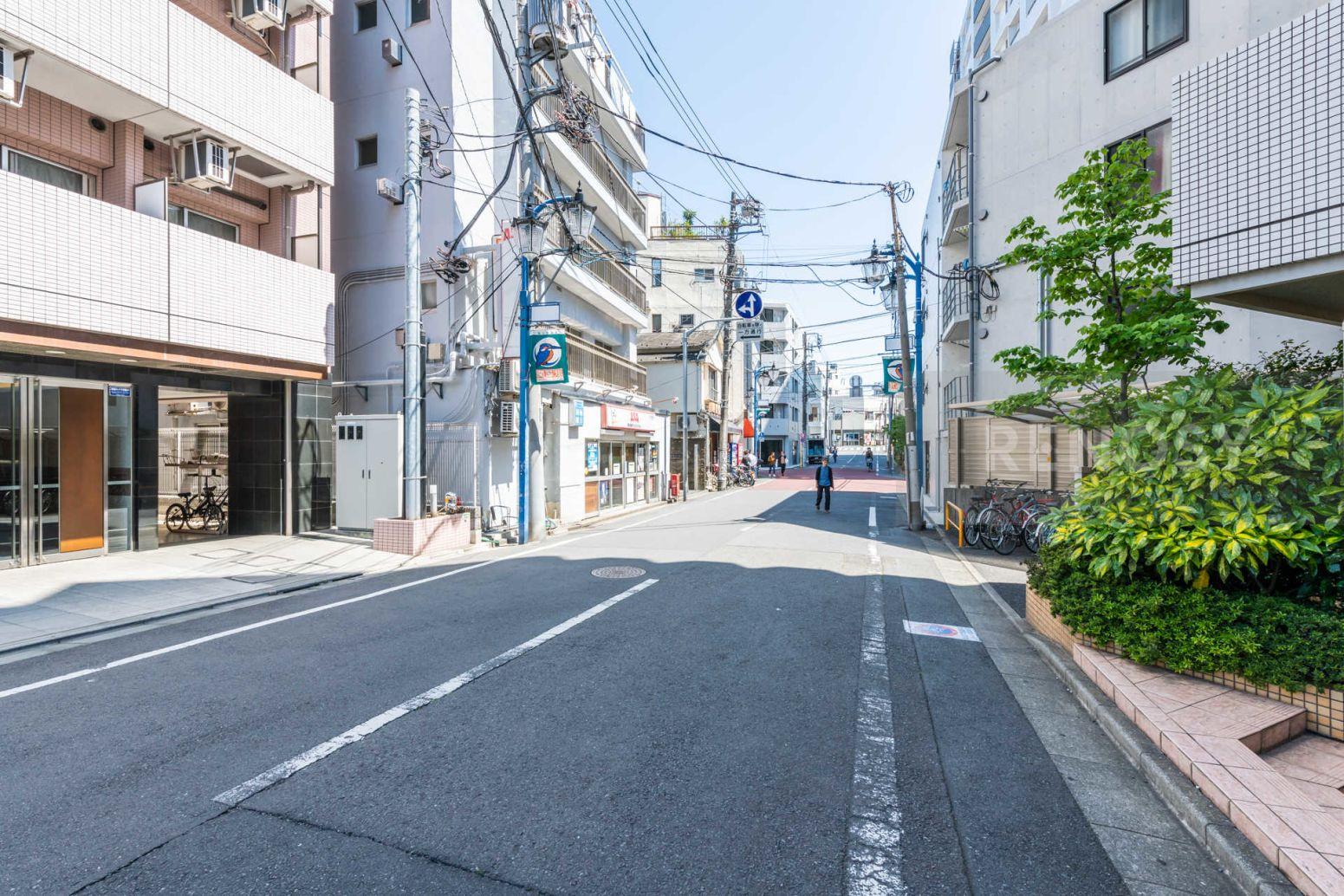 ヴァレッシア武蔵関駅前シティ
