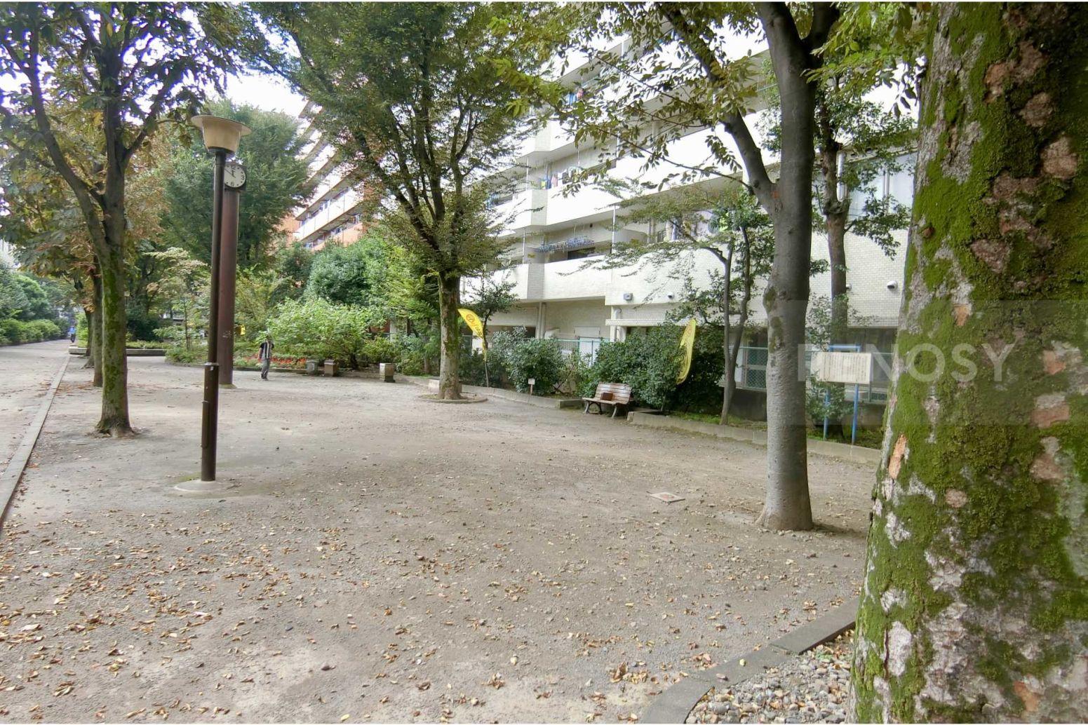 セザール代々木公園