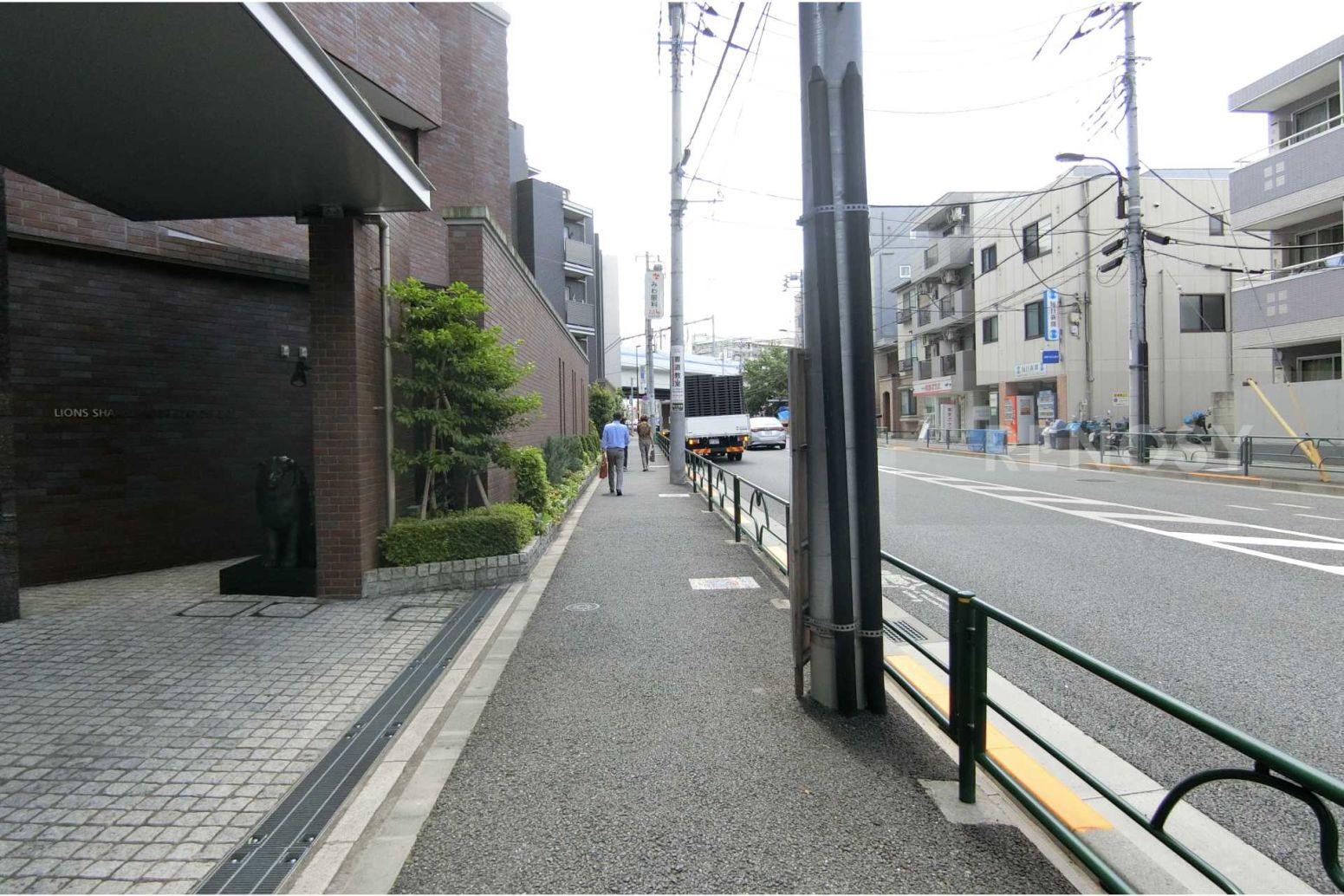 ライオンズ石神井公園ステーションゲート