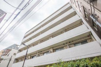 プレールドゥーク新宿