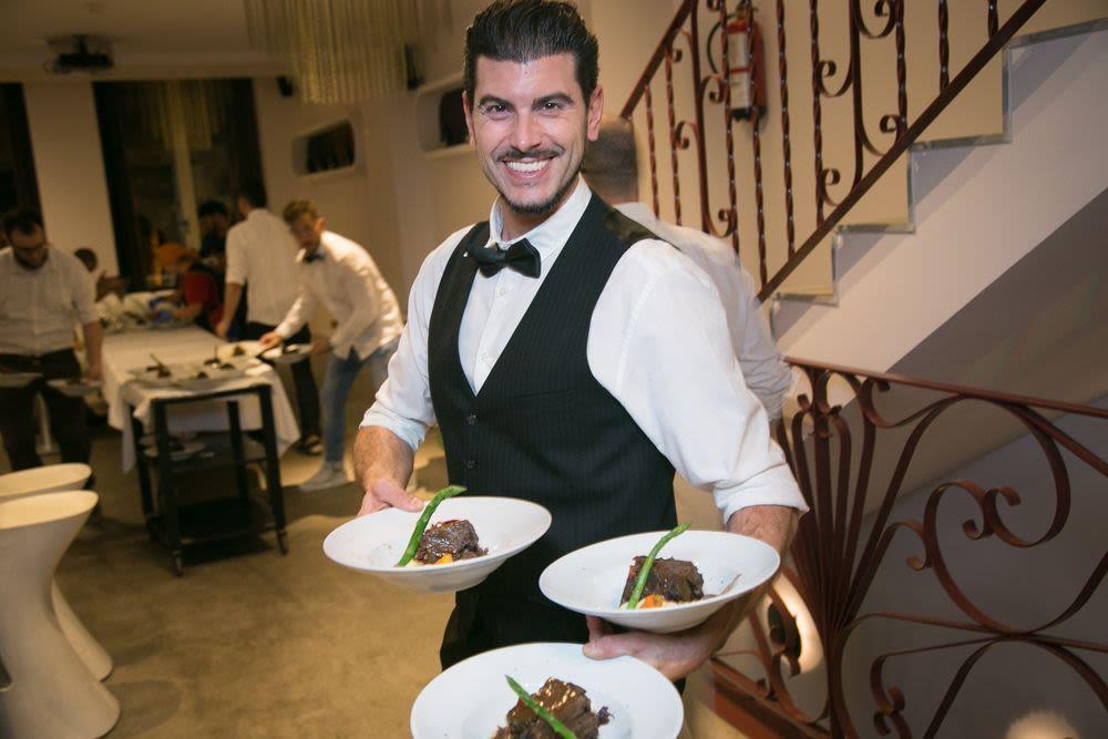 cena-de-empresa-en-valencia-mejores-restaurantes-en-valencia-cenas-empresa-navidad-en-valencia-cena-con-musica-en-vivo-en-valencia
