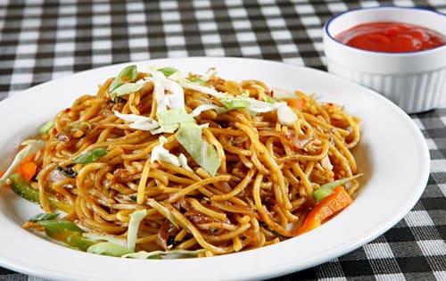 Noodles (veg/chicken) - Masala Bar And Grill