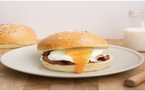 Egg & Bacon Roll - Steamin' Mugs