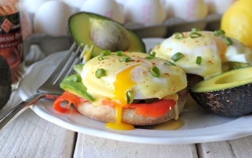 Order Smoked Salmon Benedict Online in Melbourne | Cafe B2B