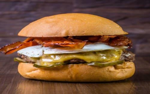 English Muffin Burger - Cafe B2B