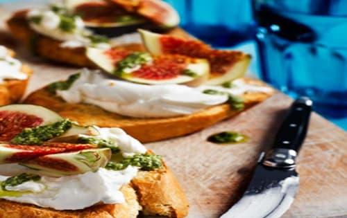 Goat Cheese Bruschetta (V) - Cafe B2B