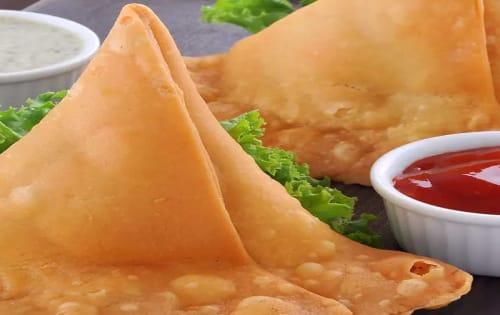 Vegetarian Samosa (V) - Cafe B2B