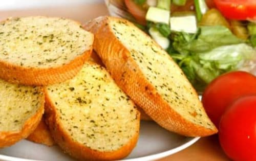 Garlic Bread - George's On The Avenue