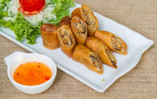 Spring Roll - George's On The Avenue