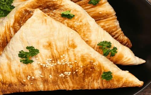Vegetable Samosa (2 Piece) - Sargun Indian Tandoori