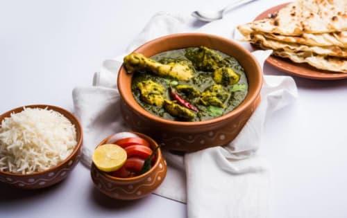 Chicken Saag Ghost - Sargun Indian Tandoori