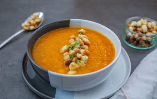 Curry- Flavoured Soup (Mulligatawny Sup) - Upalis Melbourne