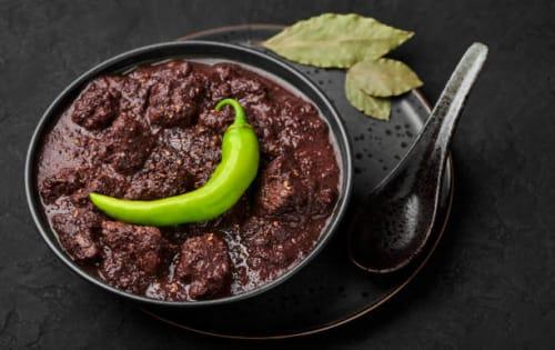 Dry Black Pork Curry (Uru Mas Kalu Pol) - Upalis Melbourne