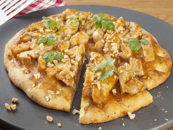 Chicken Satay Pizzas   Michelangelo's Aspendale Gardens