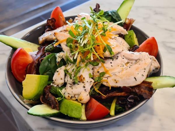 Chicken & Avocado Salad | Special Salad | Michelangelo's Aspendale Gardens