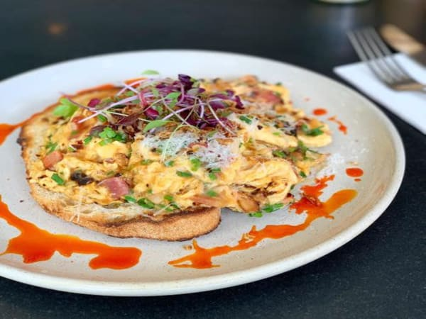 Chilli Scrambled Eggs - Cafe B2B