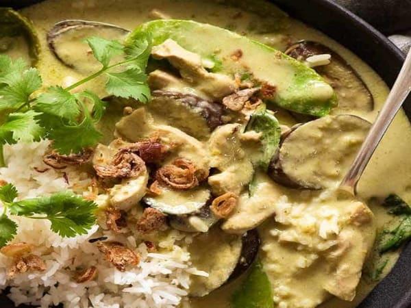 Veg/Chicken Thai Green Curry (GF) (V) - Cafe B2B