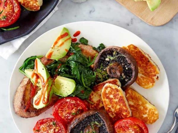 Grilled Halloumi Benedict - Cafe B2B