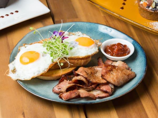 Bacon & Eggs on Toast - Cafe B2B
