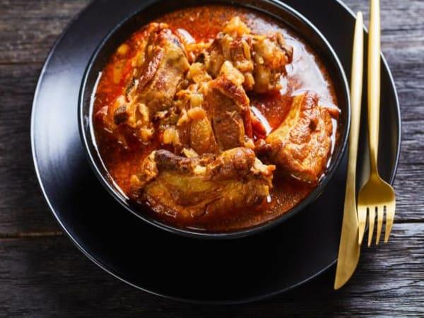 Lamb Chilli Masala Curry - Sargun Indian Tandoori
