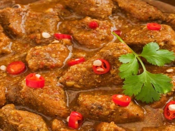 Beef Goan Vindaloo - Sargun Indian Tandoori