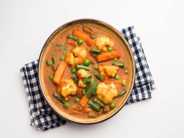 Vegetable Butter Masala - Sargun Indian Tandoori