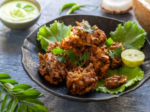 Vegetable Pakora (4 pcs) - Welcome Indian Restaurant