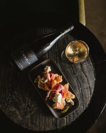Luna's Food & Wine Bar - Gallery Image 12