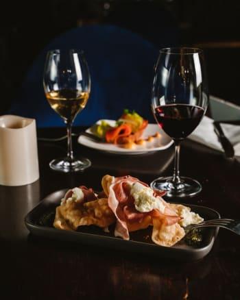 Luna's Food & Wine Bar - Gallery Image 13