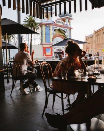 Luna's Food & Wine Bar - Gallery Image 15