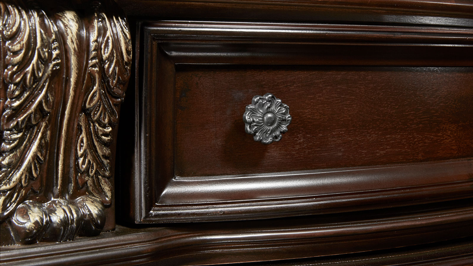 Import Stanley Cherry Dresser and Mirror, , hi-res