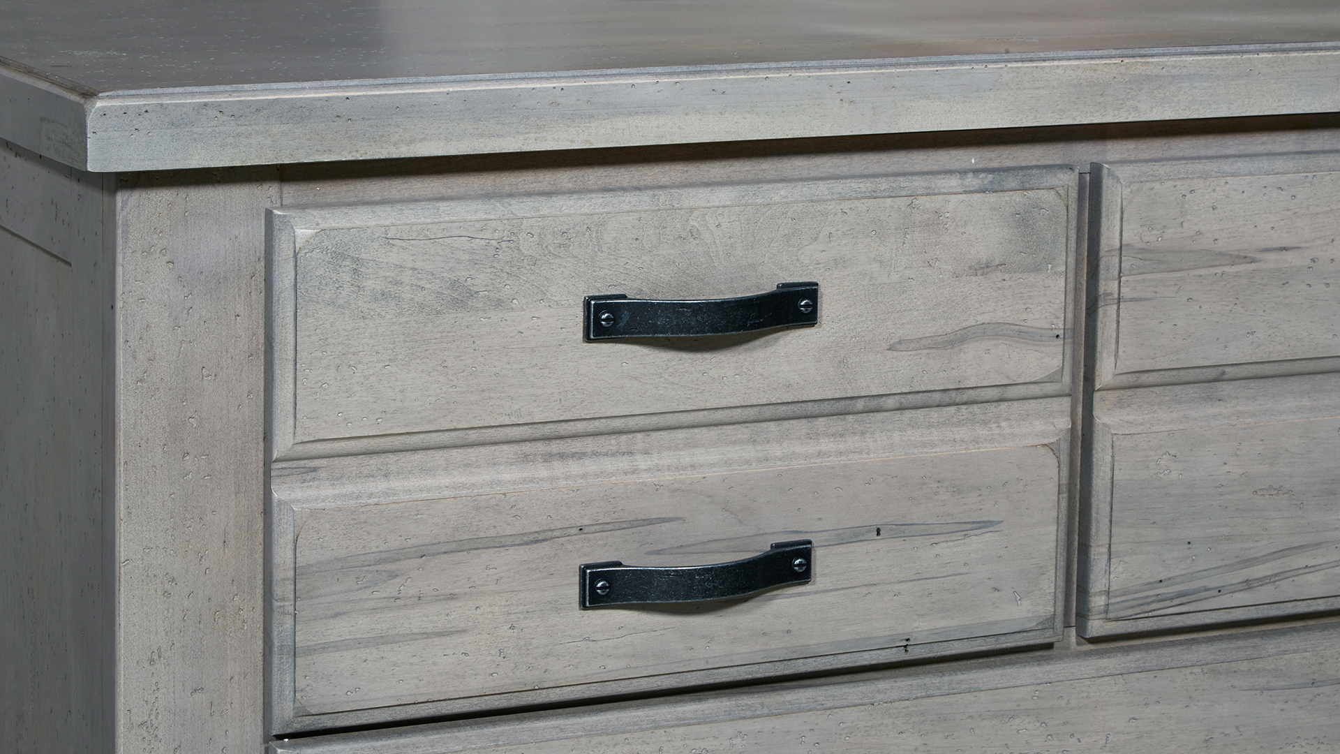 Grayson Manor Linen Chest, , hi-res