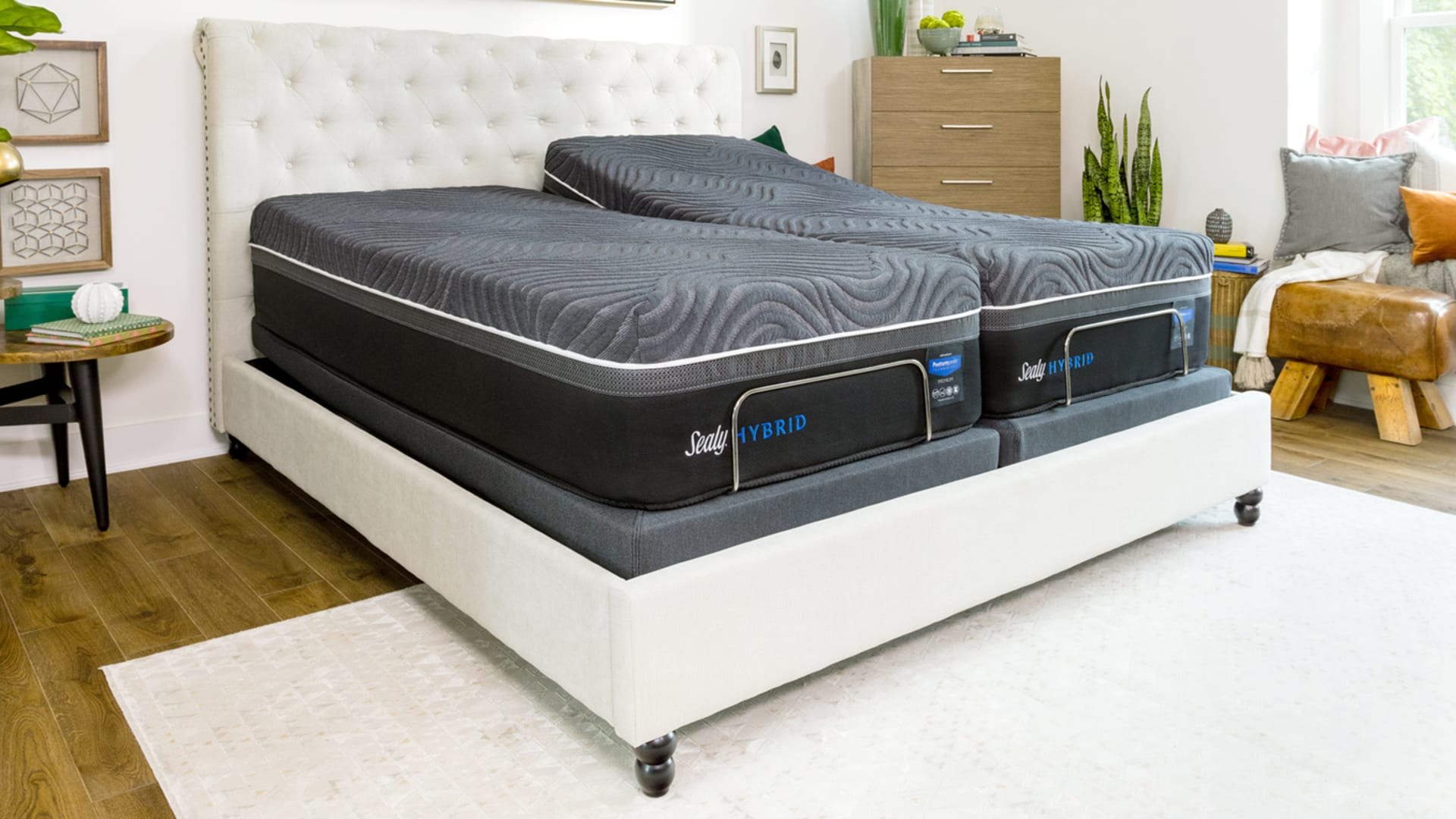 Queen Size Sealy Silver Chill Plush Hybrid Mattress